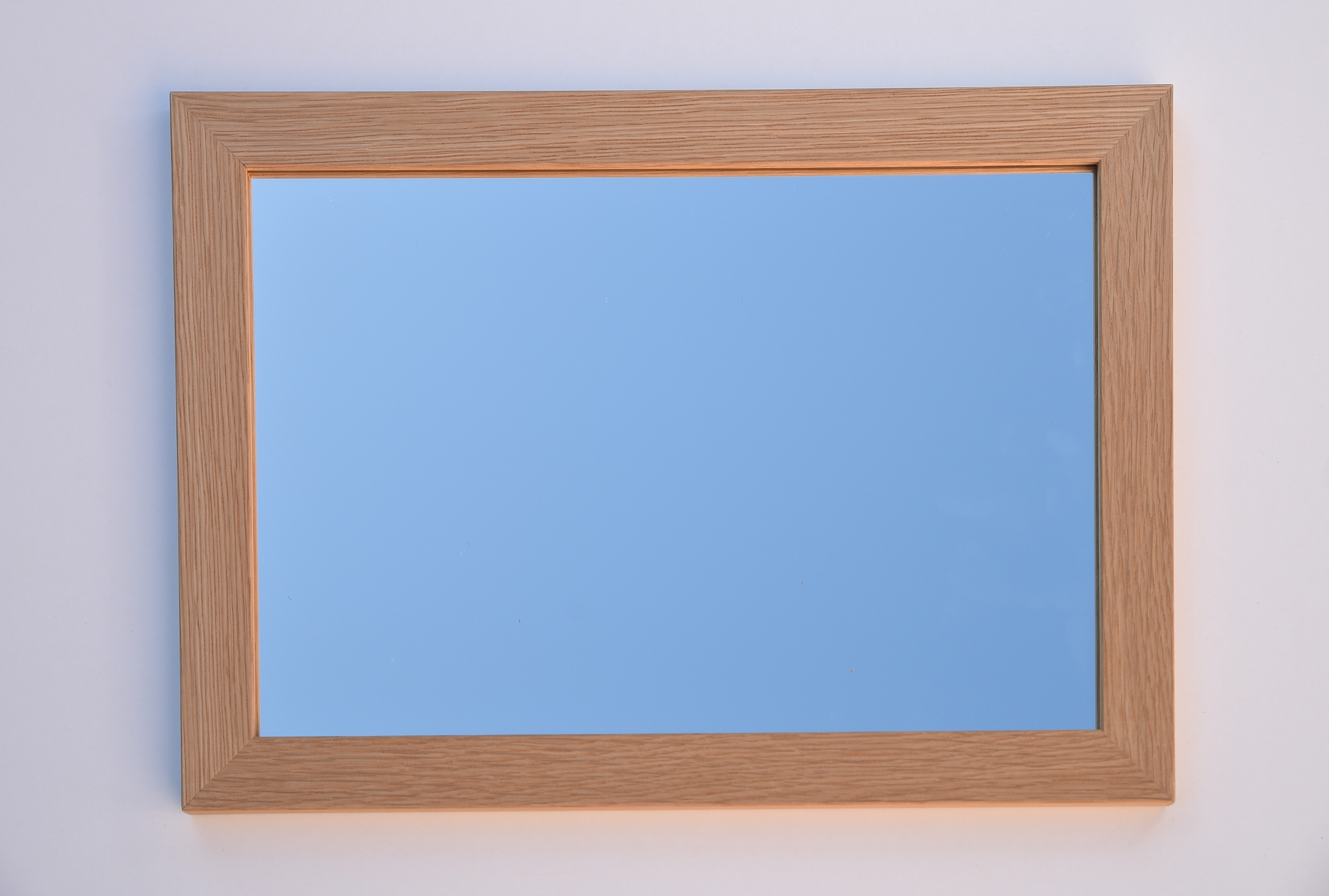 Miroir avec cadre en ch ne format standard ou sur mesure for Miroir biseaute sans cadre