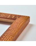 Cadre à motifs de style totem - 2 coloris